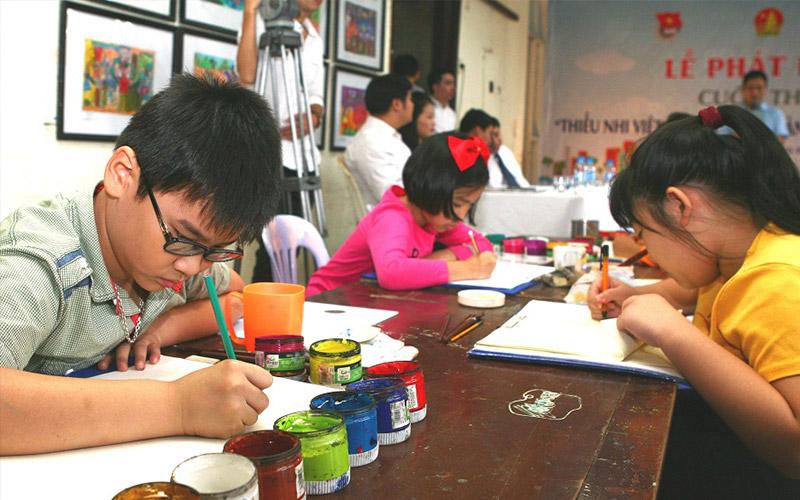 Vẽ tranh vừa giúp trẻ giải toả căng thằng lại phát huy được tính sáng tạo